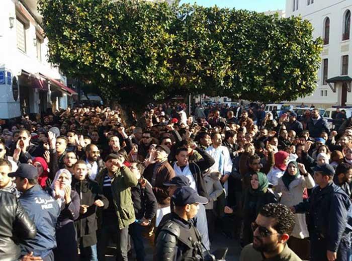 rassemblement au CHU Mustapha Pacha