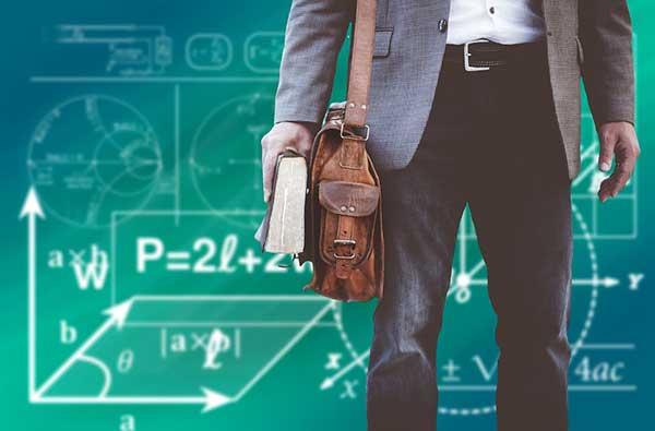 Une nouvelle application pour recevoir les dossiers des étudiants en Master