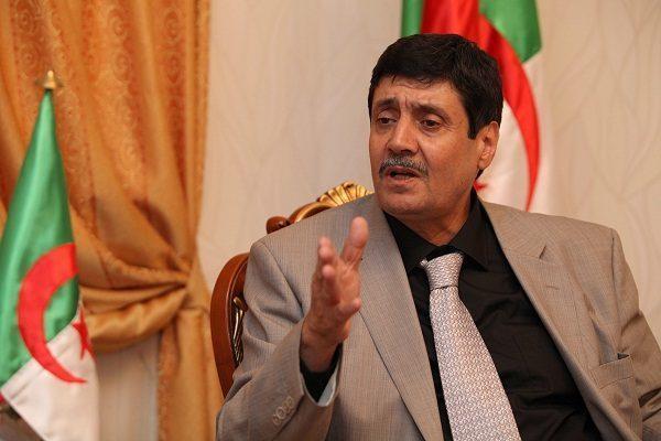 Le ministre des Moudjahidines dément détenir la double nationalité