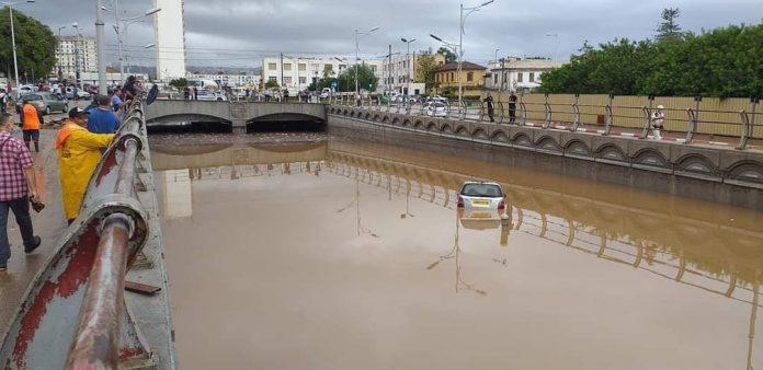 (Vidéo) Alger sous les eaux