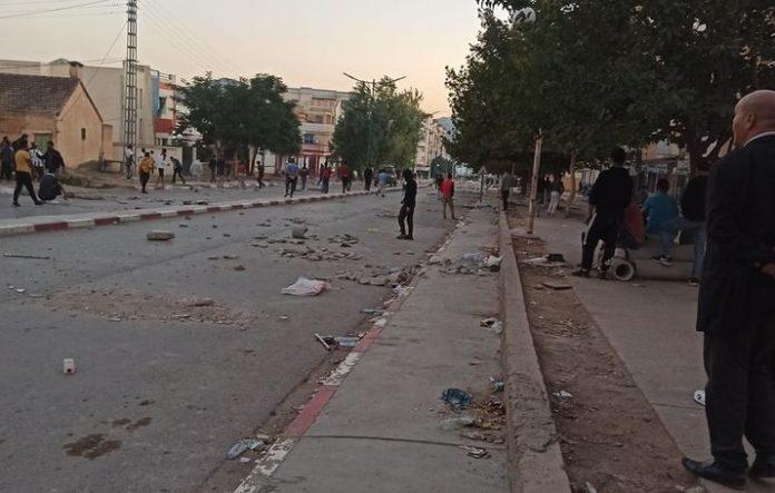 M'chedallah: Heurts entre manifestants et police anti-émeute