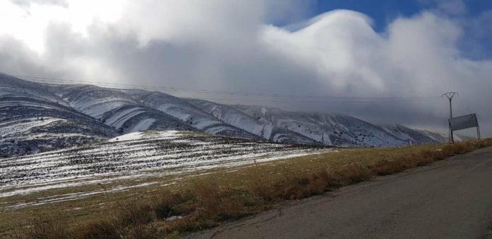 Khenchela: premières chute de neige sur les hauteurs