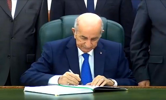 Tebboune signe le decrét portant dissolution de l'APN