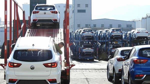 imporations de voitures: octroi de 9 autorisations temporaires