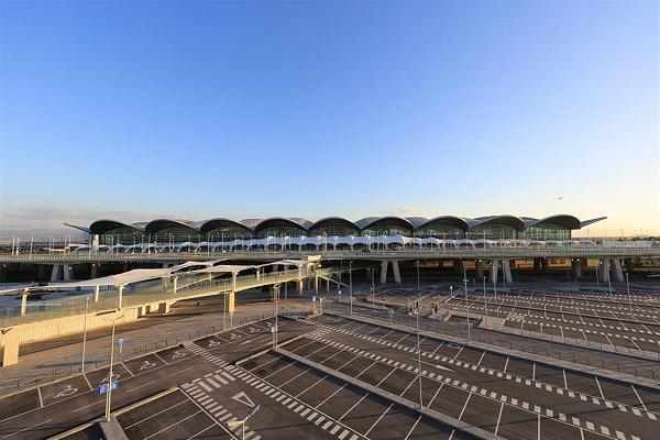 Aéroport d'Alger: le chiffre d'affaires baisse de 60% en 2020